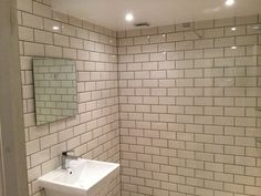 Clean & modern wetroom Luxury Shower, Alcove, Tile Floor, Shower Rooms, Bathtub, Cleaning, Flooring, Bathroom, Modern