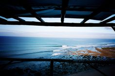 View from above Ribeira d'Ilhas in the morning : the line up ©ricardo bravo  #surf