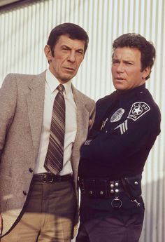 "Paul McGuire (Leonard Nimoy) and T. Hooker (William Shatner) - T. Hooker ""Vengeance Is Mine"" (First Broadcast: February Star Trek Crew, Star Trek Tv, Star Trek Series, Star Wars, Tv Series, Star Trek Starships, Star Trek Enterprise, Stephen Hawking, Stargate"