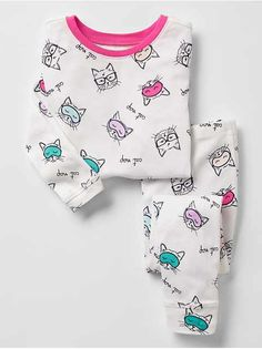 Toddler girl pajamas from Gap are made from super soft cotton, polyester and organic cotton. Shop toddler girl nightgowns, robes, and pajamas at Gap. Baby Girl Clothes Sale, Girls Clothes Shops, Baby Girl Shoes, Girl Clothing, Little Girl Outfits, Toddler Girl Outfits, Kids Outfits, Kids Nightwear, Girls Sleepwear
