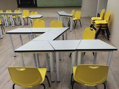 Classroom Table Arrangement, Table Arrangements, Modular Furniture, Table Furniture, Furniture Design, Classroom Design, Classroom Setup, Classroom Organization, Smart Table