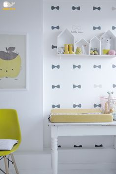 Bibelotte Wallpower Little Bow Behang poster Little Bow. #kinderkamer #behang