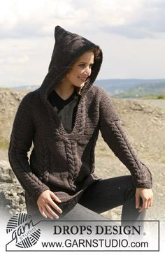 """Knitted DROPS jumper in """"Alaska"""" with cables and raglan sleeve. Size S - XXXL. ~ DROPS Design"""