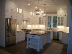 40 Trendy Kitchen Cabinets To Ceiling Or Not Kitchen Cabinets To Ceiling, Upper Cabinets, White Kitchen Cabinets, Kitchen Redo, Kitchen Flooring, New Kitchen, Kitchen Remodel, Kitchen Ideas, Kitchen Backsplash