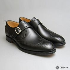 Cheaney Humphrey in black calf Me Too Shoes, Men's Shoes, Dress Shoes, Celtic Circle, Brogues, Calves, Oxford Shoes, Footwear, Mens Fashion