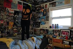 bedroom we may need to buy a bulk pack of tees - Awesome Bedrooms, Cool Rooms, Punk Room, Punk Rock Bedroom, Emo Room, Room Ideas Bedroom, Bedroom Decor, Grunge Bedroom, Edgy Bedroom