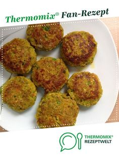 Ein Thermomix ® Rezept aus der Kategorie Hau… Vegetable patties of Kanariendorn. A Thermomix ® recipe from the main course with vegetables category www.de, the Thermomix® Community. Healthy Recipes For Weight Loss, Healthy Snacks For Kids, Healthy Foods To Eat, Healthy Drinks, Seafood Recipes, Chicken Recipes, Snack Recipes, Fritters, Vegetable Recipes