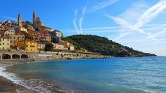 Holidays in Liguria - Liforyou Choose your vacation hotels with liforyou. Will provide you the best and cheap Budget hotels. By booking with us all kind of sports event are included with discount price. For booking call : 39.329.8580990 or mail : info@liforyou.it