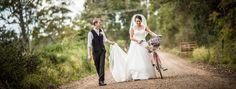 Bride & Groom + Vintage Bicycle  Salt Studios| Toowoomba Wedding and Commercial Photography