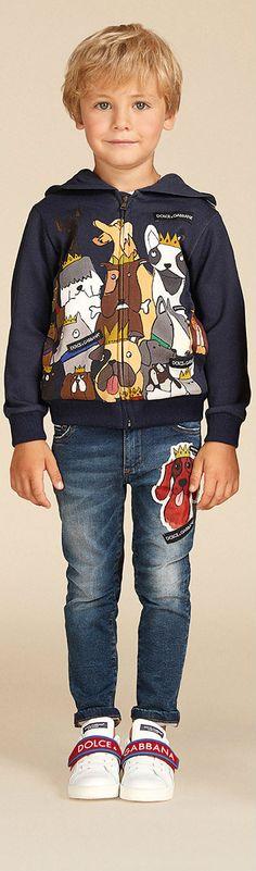 Love this Dolce Gabbana Junior Boys King of the Dogs Sweatshirt & Dog Patch Jeans fir Summer 2018. #dolcegabanna #kidsfashion #boys #fashion #style