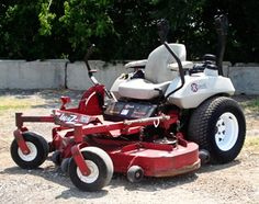 Exmark Mowers 185421709630070117 - Exmark-LaserZ-These mowers first came out around 1998 and continue to be one of the best commercial rigs on the market. I replaced 5 Toro Groundsmasters with 2 of these. Source by toolboxhero Landscaping Equipment, Outdoor Landscaping, Zero Turn Mowers, Riding Mower, Best Commercials, Lawn Mower, Rigs, Outdoor Power Equipment, Garden Tools