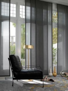 paneelgordijnen - Google zoeken House Blinds, Blinds For Windows, Curtains With Blinds, Eames, Lounge, Chair, Panel Blinds, Modern Curtains, Sliding Panels