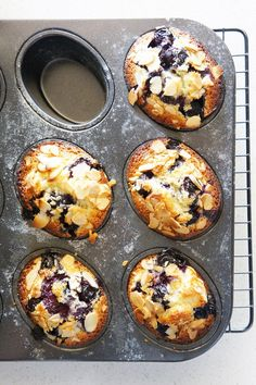 Cakelets and Doilies: Blueberry and Lemon Friands