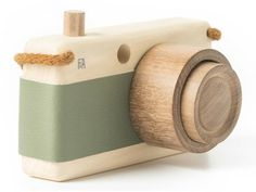 Loden Wooden Zoom Camera