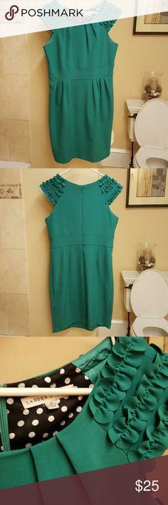 Women's green dress Green dress. Size 10. Worn once. Dresses