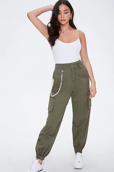 Olive Pants Outfit, Cargo Pants Outfit, Joggers Outfit, Cargo Pants Women, Khaki Joggers, Jogger Pants, Sweatpants, Fashion Pants, Fashion Outfits