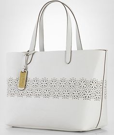 Lauren Ralph Lauren Classic Chantilly Tote 2484f69cd483f