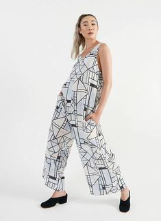 Light, easy, and in a stunning print. Perfect layered over your favorite turtleneck or with a pair of mules. Rotterdam, Harem Pants, Jumpsuit, Turtle Neck, Pairs, Clothes For Women, Lady, Style, Fashion