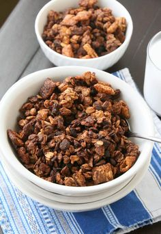 Healthy Muddy Buddies Granola - chocolate, peanut butter, coconut oil - this stuff looks delicious! Pb2 Recipes, Peanut Butter Recipes, Gourmet Recipes, Low Carb Recipes, Dog Food Recipes, Cooking Recipes, Healthy Recipes, Yogurt Breakfast, Healthy Eating Recipes
