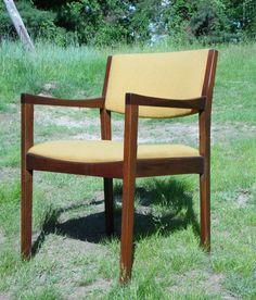 Vintage Mid Century Modern Walnut Arm Chair Gregson Mfg. Office Desk Chair…