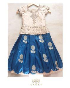 Kids Party Wear Dresses, Kids Dress Wear, Kids Gown, Little Girl Dresses, Cute Dresses, Girls Dresses, Dress Up, Kids Wear, Girls Frock Design