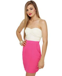 Best and Brightest Strapless Hot Pink Dress <3 Love that lipstick pink!