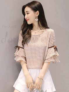 Cheap Women Tops, Sexy Trendy Women Tops Online for Sale, Page 4 Kurti Sleeves Design, Sleeves Designs For Dresses, Cute Blouses, Blouses For Women, Womens Trendy Tops, Casual Skirt Outfits, Mode Hijab, Ladies Dress Design, Girls Top Design