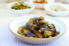 Gaji Namul (Eggplant side dish) 1 teaspoon minced garlic 1-1/2 tablespoons soy sauce 2 teaspoons sesame oil ¼ teaspoon sugar ½ teaspoon gochugaru (Korean red chili pepper flakes) 1 teaspoon roasted sesame seeds pinch pepper