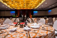 Hyatt Regency Chicago event staff can accommodate any special event or party, leaving a lasting and memorable effect on your guests. Choose one of our elegantly-appointed downtown Chicago, Illinois banquet halls, receptions rooms and special events facilities to create any event you desire.