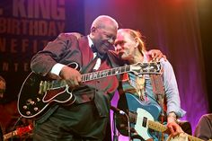 B.B. King with Dickey Betts during the Isle of Capri B.B. Dickey Betts, Warren Haynes, Isle Of Capri, Allman Brothers, Live Rock, Rockn Roll, Greggs, Number Two, 80th Birthday