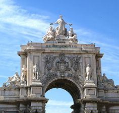 Arco da Rua Augusta - The beautiful Arch of Rua Augusta, right in the downtown of Lisbon, celebrating the rebuilding of the city after 1755 earthquake