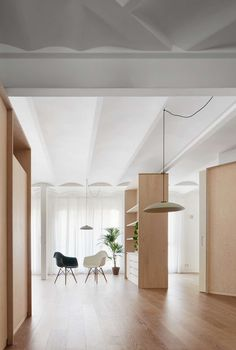 The architecture The project consists of remaking a home in a 1970's apartment in Barcelona. The former spaces were based on program requirements resulting ...