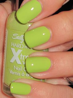 Sally Hansen - Xtreme Wear - Green With Envy