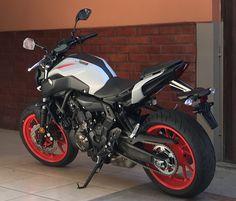 Yamaha Motorbikes, Yamaha Motorcycles, Cars And Motorcycles, Motocross Bikes, Motorcycle Bike, Yamaha Fz 07, Off Road Bikes, Cafe Bike, Biker Gear