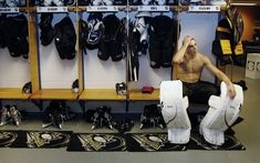 Photo of Flower for fans of Marc-Andre Fleury 7111470 Hot Hockey Players, Hockey Teams, Pens Hockey, Hockey Stuff, Lets Go Pens, Marc Andre, Pittsburgh Penguins Hockey, Vegas Golden Knights, Home Team