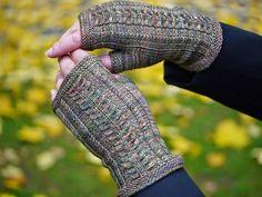 Knitting Socks, Knit Socks, Korn, Fingerless Gloves, Arm Warmers, Mittens, Diy, Do It Yourself, Cuffs