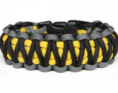 Paracord Bracelet King Cobra - Grey Black with Yellow Core