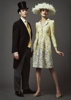 If you've got tickets to Ascot, you'll want to check out its brand new style guide which has launched to offer inspiration and rules. The seventh annual Royal Ascot Style. Ascot Outfits, Derby Outfits, Outfits With Hats, Fashion Outfits, Kentucky Derby Fashion, Kentucky Derby Hats, Ascot Style, Mother Of The Bride Fashion, Royal Ascot
