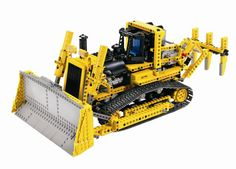 lego_technic_remote_control_motorised_bulldozer