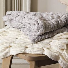 I love this ruched throw. Would be fantastic to have for newborn photos!