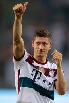 Robert Lewandowski best player ever