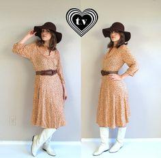 Cutie. vtg 70s rust tan AUTUMN FLORAL button yoke by TigerlilyFrocks, $35.00