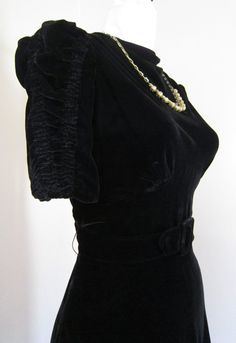 LUSH Black Velvet 1930s Party Dress Attached Charm Necklace Vintage Smocked Puff Sleeve Art Deco 1940s WWII Frock 40s Belt m/l