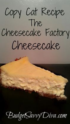 Dessert, Copy Cat Recipe – The Cheesecake Factory Cheesecake Recipe Mini Desserts, Just Desserts, Delicious Desserts, Yummy Food, The Cheesecake Factory, Cheescake Factory, Plain Cheesecake, Slow Cooker Desserts, Cheesecake Recipes