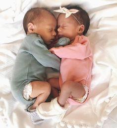 Cuddles!  @nadyacox  Organic Cotton Kimono Onesies at spearmintLOVE.com