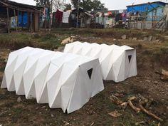 Abrigo de papelão inspirado em origami ajuda a proteger moradores de rua - CicloVivo Origami, Container, Thermal Insulation, Recycled Materials, Arquitetura, Ideas, Wraps, I Will Protect You, Photos