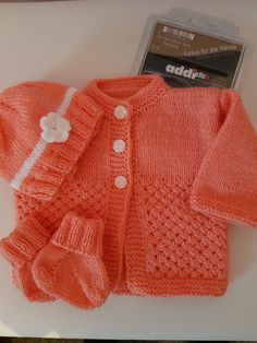 Baby set for a girl knitted with my Addi needles! : Baby set for a girl Baby Set, Easy Knitting, Knitting Patterns, Knitting Needles, Baby Patterns, Knitting Baby Girl, Baby Girl Hairstyles, Baby Blog, Knitted Baby Blankets