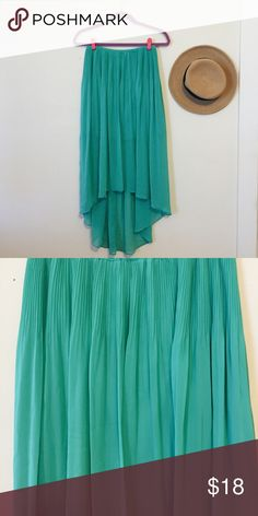 LC Lauren Conrad Chiffon Skirt I used this once for an Ariel costume and it was perfect. It's also great for spring/summer but can be carried into winter with a sweater. Size XS but fits like a Small (runs large). LC Lauren Conrad Skirts High Low