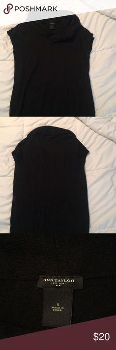 Ann Taylor turtleneck Ann Taylor turtleneck shirt Ann Taylor Tops Tees - Short Sleeve