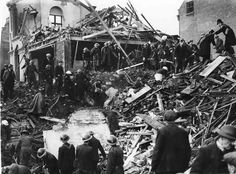 Some of the residential bomb damage visited on Liverpool during the Second World War Blitz by German bombers. Liverpool Town, Liverpool History, Liverpool England, The Blitz, Air Raid, Battle Of Britain, Portsmouth, British History, World War Ii